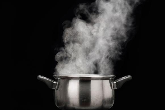 Als je je kookwater laat afkoelen, kan je je plantjes er evenzeer van in leven houden.