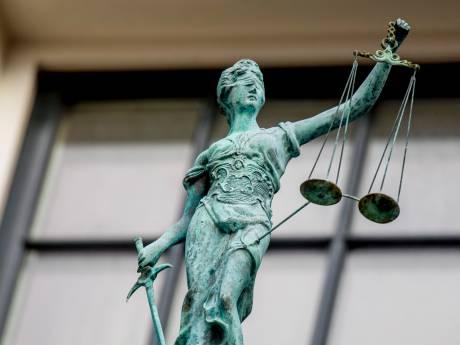 Verdachte van verkrachting en gedwongen prostitutie blijft in de cel