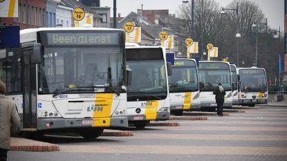 Vrouw (38) aangehouden nadat ze spuwde in richting van buschauffeur