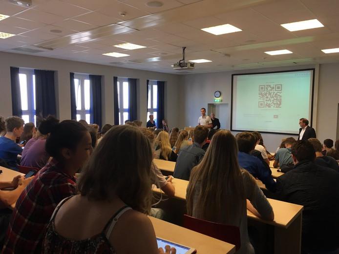 Tijdens een presentatie werden de ideeën getoond.