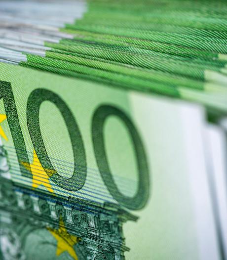 Hoekstra pakt foutief gebruik uitzonderingsregel bonussen aan