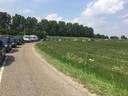 Rij tot aan de dijk in Alem, met verkeer dat naar het zuiden wil.