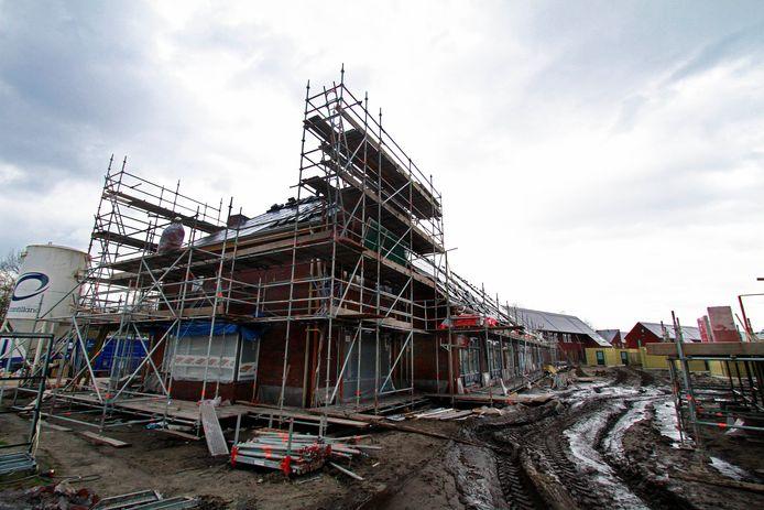 Sinds de stikstofuitspraak door de Raad van State verkeert de woningbouwsector in grote onzekerheid.