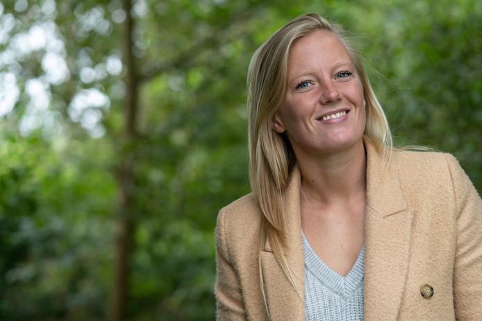 Simone Kets heeft abrupt een einde gemaakt aan haar actieve loopbaan als voetbalster. ,,Ik ben mijn hart achterna gegaan.''