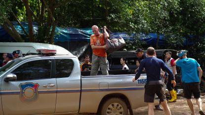 """Duiker niet mals voor Tesla-topman na redding in Thailand: """"Elon Musk kan zijn duikboot steken waar het pijn doet"""""""