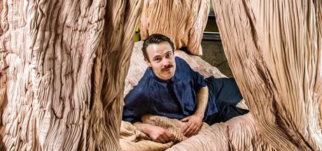Tien jaar werk van Eindhovense vormgever Bart Hess in Stedelijk Museum in Den Bosch