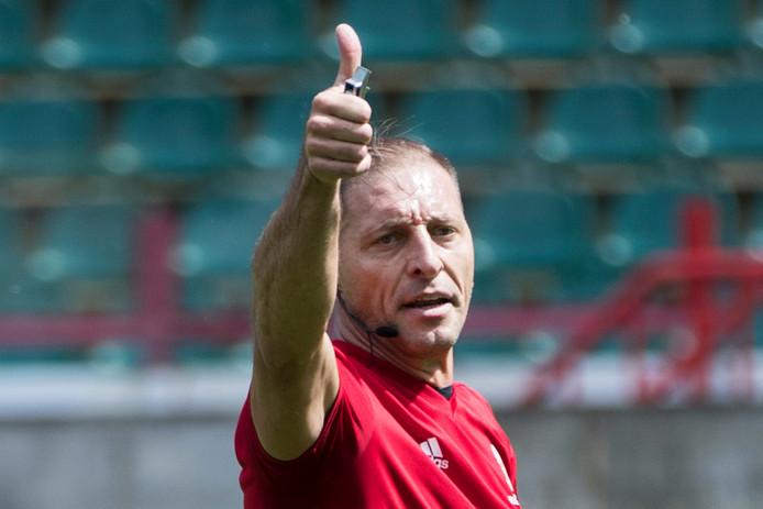 Nestor Pitana mag het openingsduel op het WK fluiten.