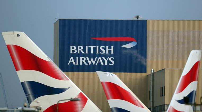 De vliegtuigen van British Airways blijven 48 uur aan de grond: voor het eerst in het bestaan van de maatschappij staken de piloten.