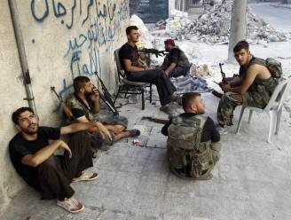 Syrische leger voert manschappen in Aleppo fors op