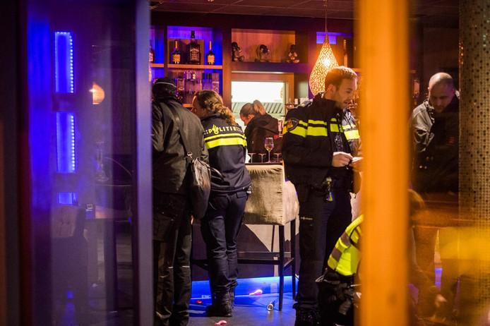 Inval in shishalounge Eindhoven