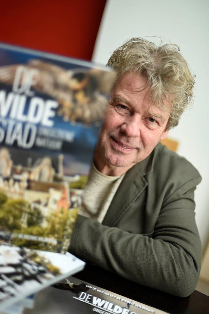 Filmmaker Ton Okkerse heeft zijn trilogie voltooid.