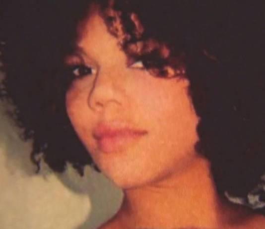 Laura op een foto die haar moeder heeft.