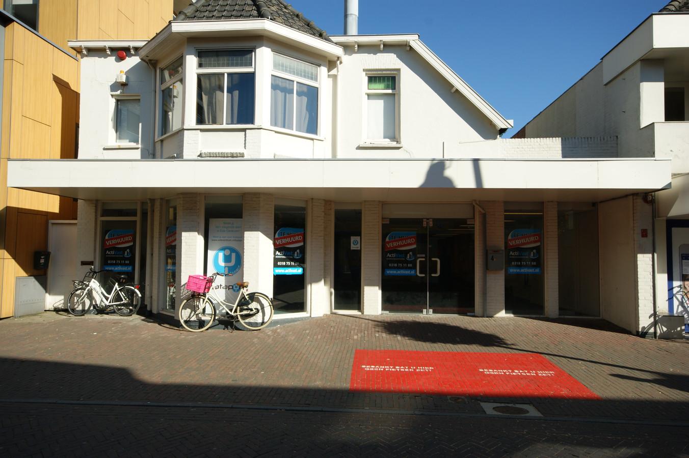 Eetkamer De Heksenketel Ede verhuist na brand | Ede | gelderlander.nl