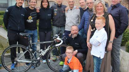 Turijnse wielertoeristen gebruiken Aaigem als uitvalsbasis voor Ronde van Vlaanderen