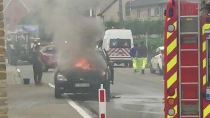 Wagen vat vuur door technisch defect