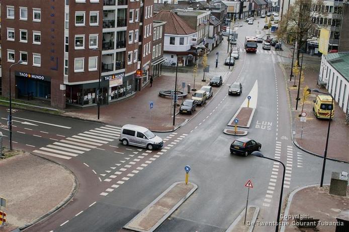De kruising Kuipersdijk-Mooienhof is de gevaarlijkste viersprong van Overijssel