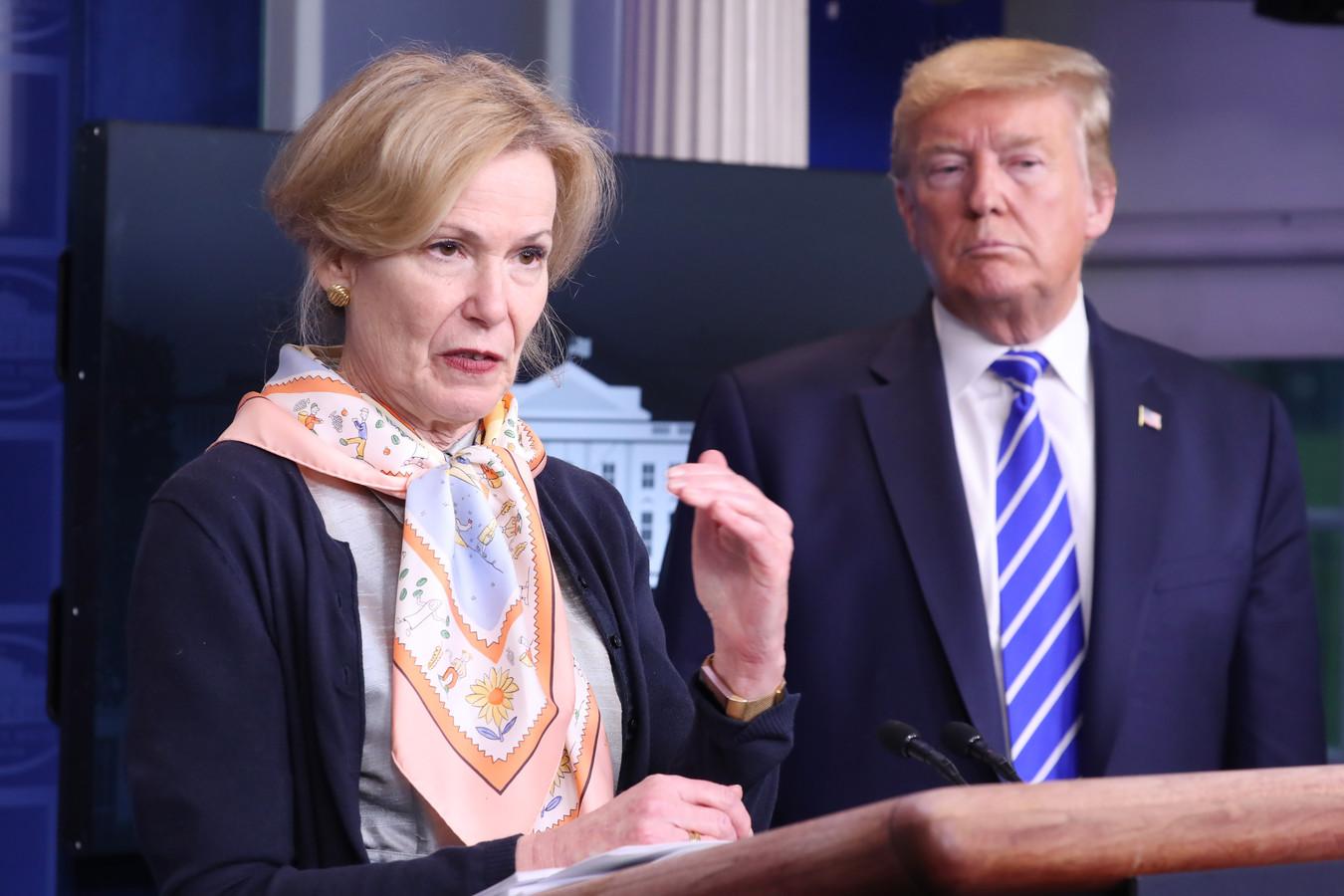 Le Dr Deborah Birx et le président Donald Trump.