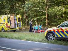 Wielrenner zwaargewond door harde val in Arnhem