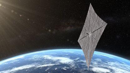 Lightsail 2 in de ruimte: ruimtevaartuig draait op zonlicht rond de aarde