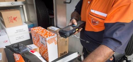 Verzenders van (drugs)pakketjes hoeven zich straks niet te legitimeren