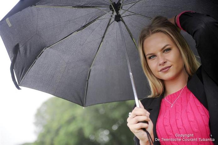 Michelle van Sonsbeek is een van de twaalf finalisten.