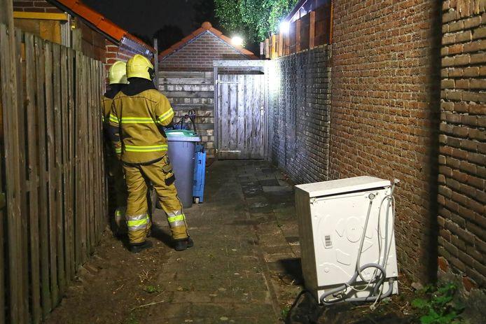 Tuinhuisje in brand aan Osse Kapelsingel