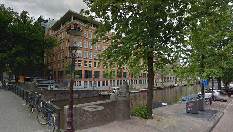 Het gebouw van de Diamantbeurs op de hoek van het Weesperplein en de Nieuwe Achtergracht. Nu onderdak van de UvA. vanaf volgend jaar het 'hoofdkantoor van creatief Amsterdam'. Beeld Google