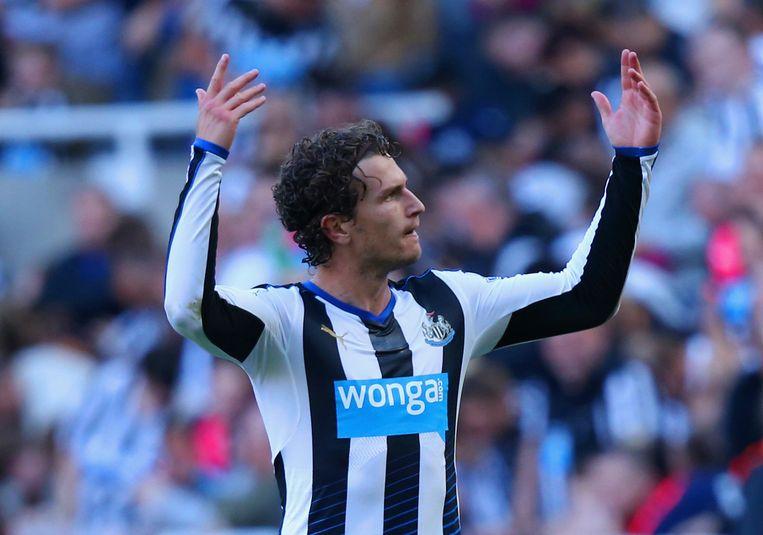 Een doelpunt van Daryl Janmaat kon de nederlaag van Newcastle United niet voorkomen. Beeld getty