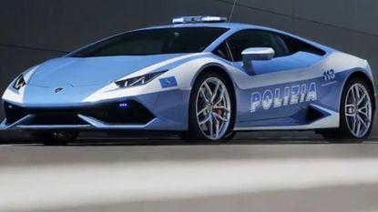 Italiaanse politie patrouilleert in nieuwste Lamborghini