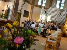 Kerken in regio zien bodem van de schatkist naderen