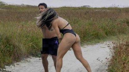 Man kan zich niet beheersen wanneer vrouw poseert in badpak. Maar MMA-vechtster laat snel merken wat ze daarvan vindt