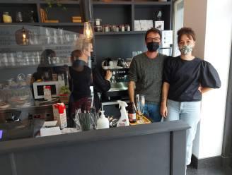 """Estelle en Ward openen duurzame lunch- en koffiebar middenin coronacrisis: """"Als de horeca nu maar niet opnieuw sluit"""""""
