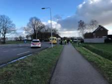 Fietser zwaargewond na botsing met auto, Dinxperloseweg afgesloten