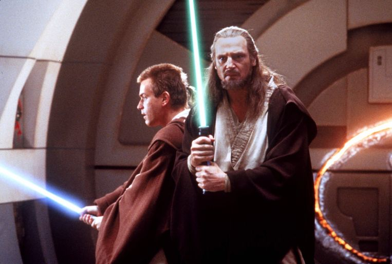 Liam Neeson (rechts) als Jedi Master Qui-Gon Jinn en Ewan McGregor als Obi-Wan Kenobi.