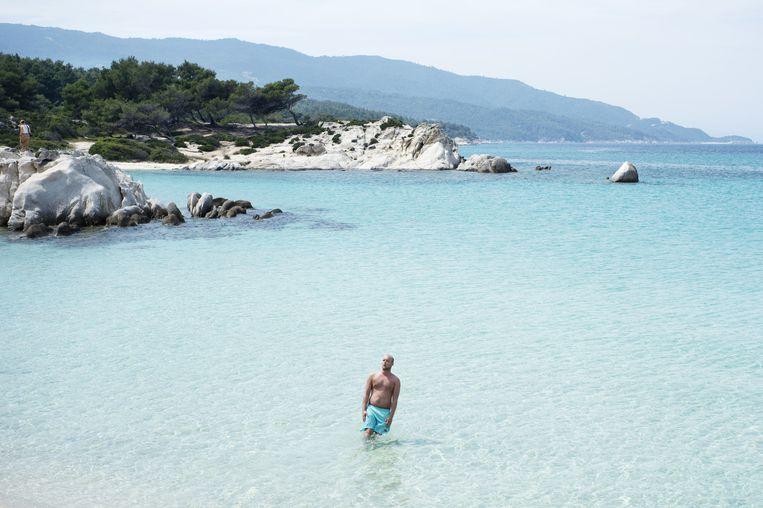 De baai van Vourvourou. Beeld Sanne de Wilde