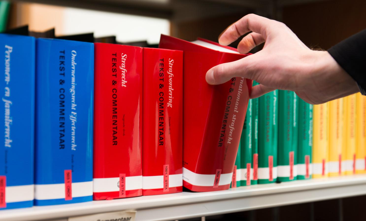 Zeeuwse strafrechtadvocaten draaien de eerste twee weken van januari geen piketdiensten.