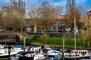 De voormalig meisjesvakschool aan het Vispoortplein in Zutphen