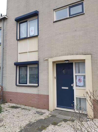burgemeester-van-barneveld-sluit-woning-na-vondst-ontmantelde-hennepkwekerij