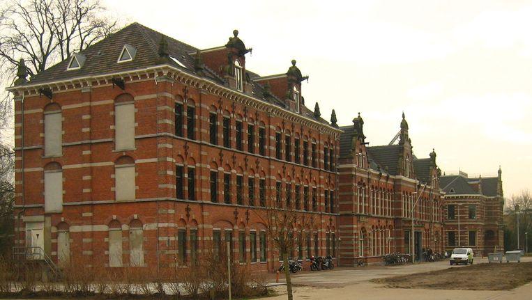 Het voormalige stadsdeelkantoor Westerpark Beeld Iwan Gabovitch via Flickr