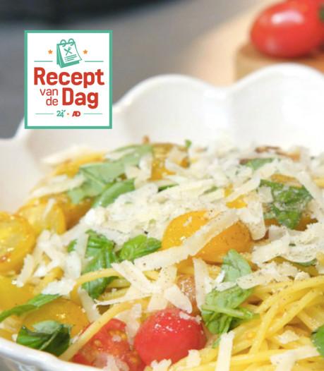 Recept van de dag: Spaghetti met kastanjechampignons, tomaat en Parmezaanse kaas