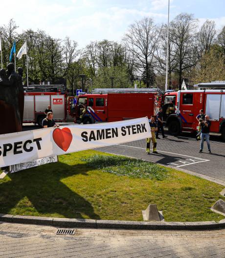 Brandweer zingt voor Cathrien: 'We zijn trots op jullie allemaal'
