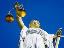 Snelheidsduivel (22) krijgt 150 uur taakstraf: slachtoffers emotioneel in rechtbank