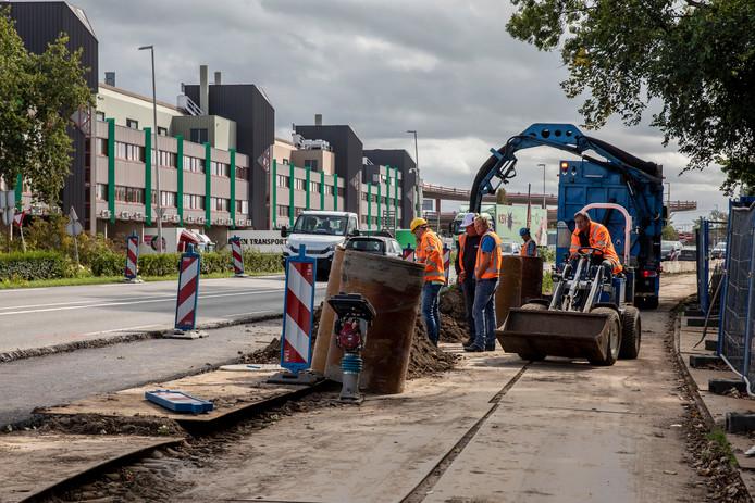 Werkzaamheden aan de Burgemeester Elsenweg in Naaldwijk