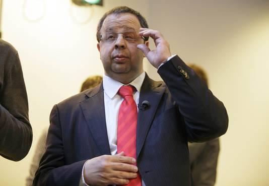 Partijlid Sander Terphuis tijdens de ledenbijeenkomst in Den Haag waar wordt gesproken over het strafbaar stellen van illegaliteit