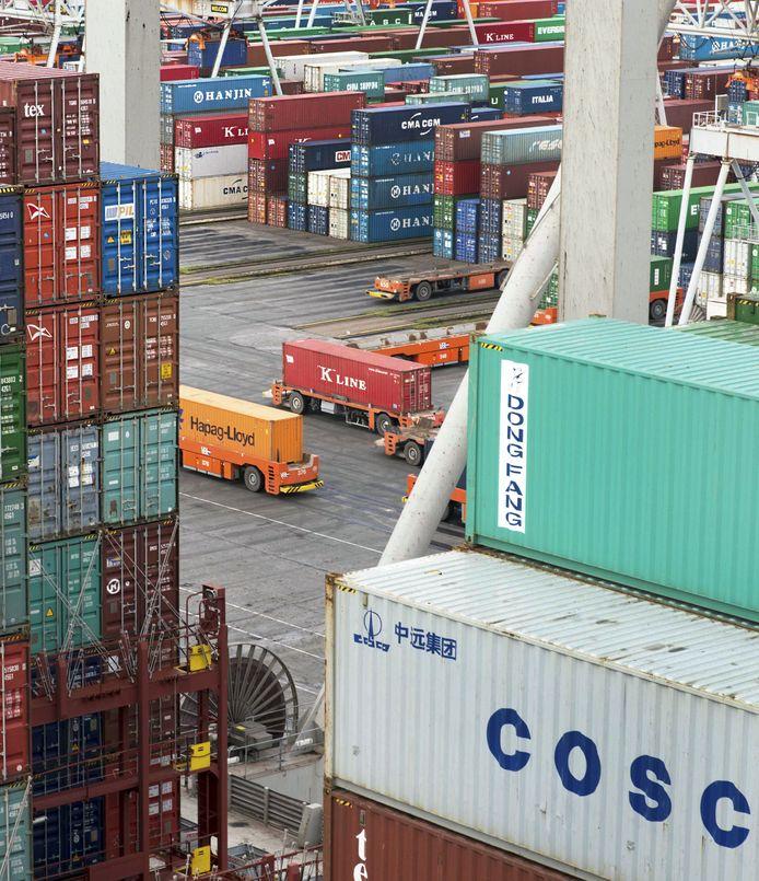ECT richt een speciale kade in waar binnenvaartschippers dag en nacht terecht kunnen.