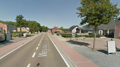 Slachtoffer (45) dodelijk vluchtmisdrijf Oudsbergen lag al voor aanrijding op de rijweg