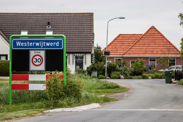 Het dorp Westerwijtwerd, waar het epicentrum lag van een aardbeving met een kracht van 3,4.