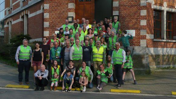 Een honderdtal vrijwilligers stak de handen uit de mouwen tijdens de Grote Lenteschoonmaak.