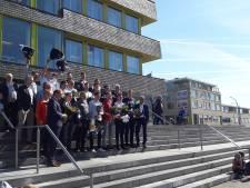 Doetinchem huldigt kampioenen Orion: 'reclame voor het volleybal'