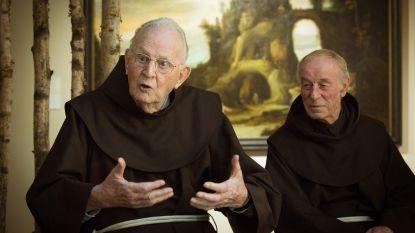 """Pater Herman (92):""""Ze krijgen mij niet weg, ik blijf hier om over de geest van Franciscus te waken"""""""